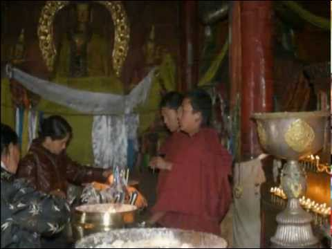 ADVENTURE TOURS | MONKS IN NEPAL – NEPAL MONASTERY | TEMPLE STAY NEPAL #Nepal
