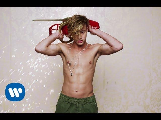 Videoclip oficial de 'Boys', de Charli XCX.
