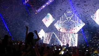Florence + The Machine - Spectrum (Say My Name) Calvin Harris - Live 'Greater Than' tour