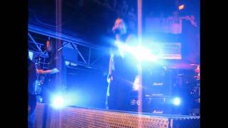 "Papa Roach ""Burn"" Live Chameleon Club"