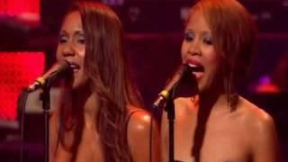 Stevie Wonder - My Cherie Amour (Live At Last 2008 London).wmv