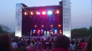 Paris Combo&Oleg Skrypka-Ochi chornii-Live in Kiev-2012.mp4