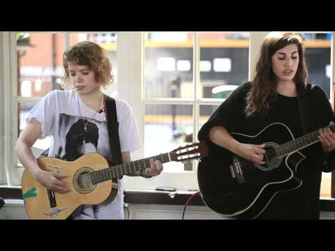 peggy-sue-funeral-beat-bandstandbusking