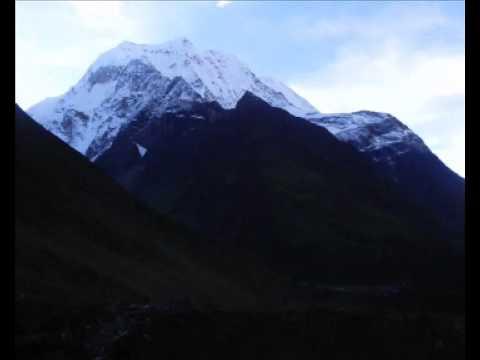 2012 Nepal – trekking Manaslu – www.global-adventures.cz