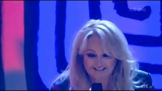 Bonnie Tyler - Holding Out for a Hero (Live 2014)