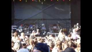 N.E.R.D - Bobby James/ Provider (Live)
