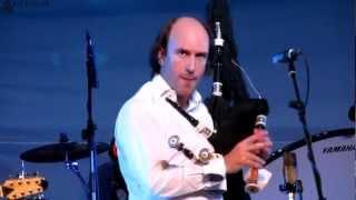 Carlos Nuñez - Pasacorredoiras (Live)