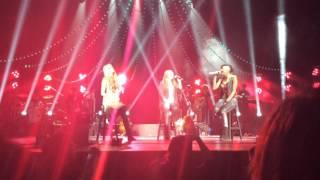 Que más da en el auditorio nacional - Ha Ash ft Joy de Jessy y Joy