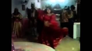 Tzara Ramirez- Cigana Carmencita Dançando