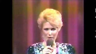 "Tanya Tucker ""Baby I'm Yours"" Live 1986"