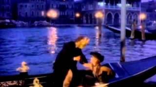 Jennifer Lopez - Baby I Love U [R. Kelly Remix]02