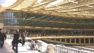 Paris: à peine inaugurée, la canopée des Halles souffre déjà de fuites d'eau