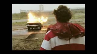 Arctic Monkeys - 'Fluorescent Adolescent' (2007)