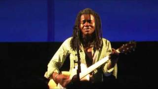Tracy Chapman Live - Baby can I hold you - Munich