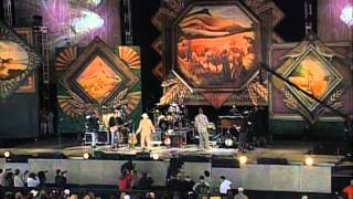 Hootie & the Blowfish & Woody Harrelson - Jailhouse Rock (Cover) - (Live at Farm Aid 1998)