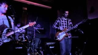 24 Broken Amps Ticket Home' Live (Punk Rock, 90's Grunge