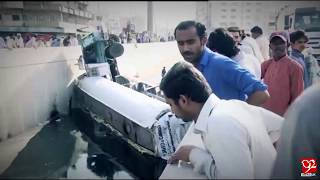 Karachi : Oil tanker crashes in Punjab Chowrangi Underpass ,Clifton - 14 March 2018 - 92NewsHDUK