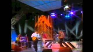 Carlos Santana vs John Mclaughlin