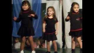 Catita bailando Agachadita - Tiburón Valdez