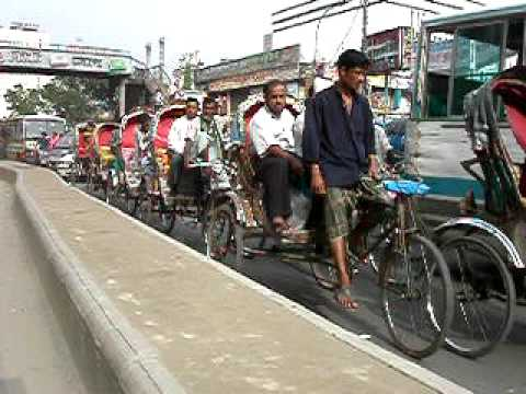 Moto Ride in Old Dhaka – Endless Horn Honking