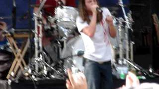 "Red Jumpsuit Aparatus  ""FACE DOWN"" Live"