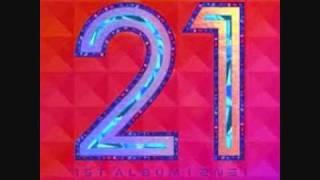 2NE1 - I'm Busy (04)