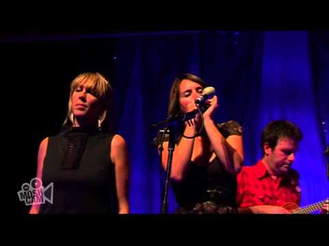 the-waifs-from-little-things-big-things-grow-with-john-butler-clare-bowditch-live-in-s-moshcam