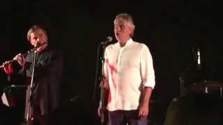 Andrea Bocelli sing for Luciano Pavarotti at Ischia