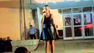 Цветелина Грахич-Лудата дойде  Live )