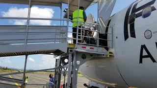 737 Wheel chair boarding on pasenger ramp