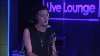 The 1975 - What Makes You Beautiful in the Live Lounge