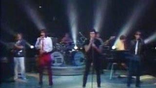 THREE DOG NIGHT - LIAR  (Rare Live 80s w / lyrics)