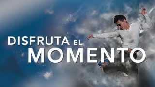 Tharyk - Disfruta El Momento (Lyric Video)