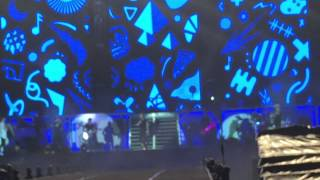 LADS SINGS I WILL SURVIVE - ONE DIRECTION (ON THE ROAD AGAIN TOUR MANILA, 03-22-15)