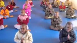 African children chanting Buddhism Heart Sutra 非洲小孩誦讀心經