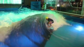 Indoor Surfing | Olivier Guertin | Oasis Surf Mtl