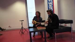 Julien doree chante « Paris Seychelles » à la guitare | 2013 : Le progrès Lyon
