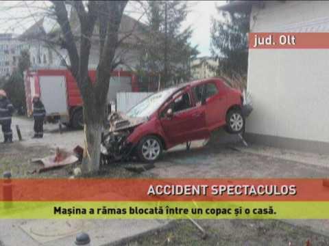 Accident spectaculos provocat de un şofer fără permis