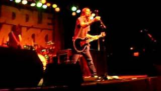 Puddle Of Mudd Breed Nirvana Cover Live at webster theatre ct