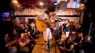 "Valerie June ""Workin' Woman's Blues"" Live at The Sessions Factory powered by Neuro Sonic"