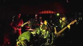 """""""Distante"""" Live at Los Globos - Callate Mark 7/17/15"""