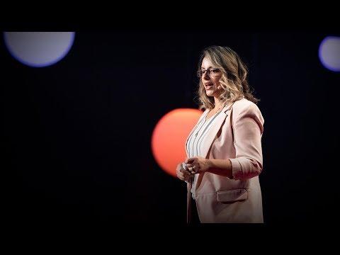 How policewomen make communities safer   Ivonne Roman