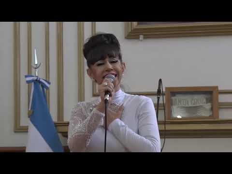 Sandra Cabal, artista santacruceña
