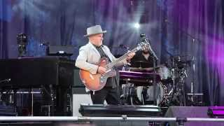 Paul Carrack Live at Cropredy Festival 2015