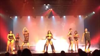 Nicki Minaj Cover (Alexia Oliveira) - POUND THE ALARM
