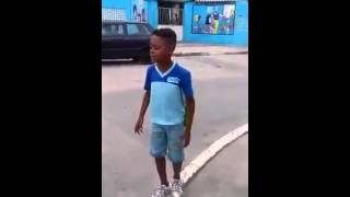 Menino canta Funk Pesado