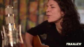 """Folk Alley Sessions at 30A: Jeffrey Foucault and Kris Delmhorst - """"If This Ain't Heaven"""""""