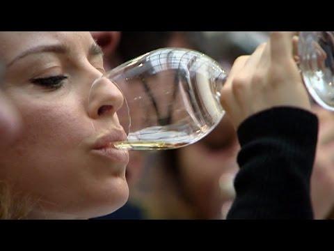 Kiwi wine still hitting the spot in the UK