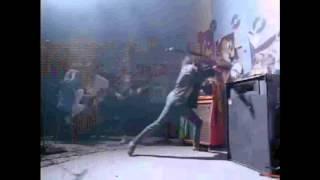 [MusicVideo] Run DMC ft. Aerosmith - Walk This Way.mp4