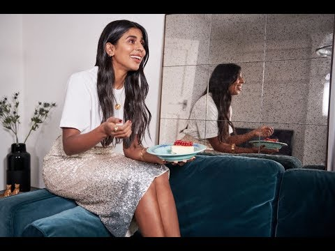 houseoffraser.co.uk & House of Fraser Discount Code video: Christmas over at ours with Monikh Dale